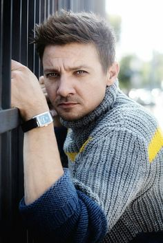 Jeremy Renner - Pic from Sarah Dunn