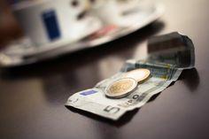 Ile kosztuje testament? | testamenty24.pl  To zależy, czy sporządzisz go samodzielnie czy udasz się w tym celu do notariusza.