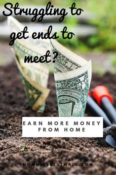 Are you looking for a job from home, a job where you can spend time with your kids and work when you want to? Money Saving Mom, Make Money Blogging, Make Money Online, Earn More Money, Ways To Save Money, How To Make Money, Work From Home Tips, Make Money From Home, Looking For A Job