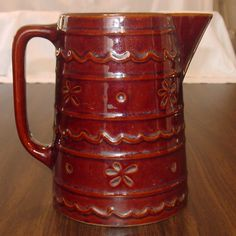 Hull Pottery ~ Mar-Crest Stoneware ~ Dasiy and Dot Pitcher  $35