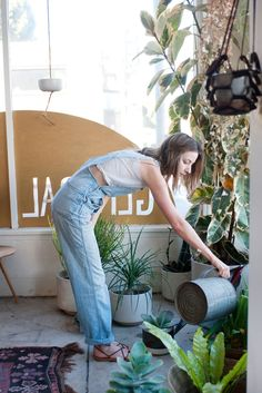"Hannah Henderson of General Store Makes Us Swoon #refinery29 http://www.refinery29.com/2014/01/61206/hannah-henderson-general-store#slide-17 What did you want to be when you were younger? ""I had no idea, but I always knew that whatever it was, I had to be able to wear whatever I wanted."""