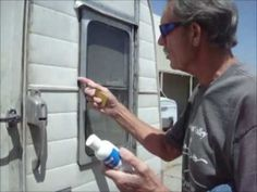 How to remove silicone caulking