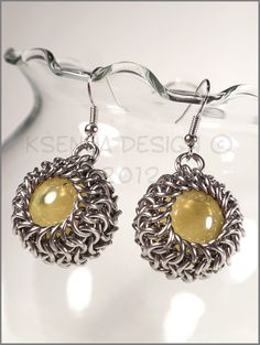 Lucile  - unique chainmaille earrings. #jewelry #ksenyajewelry #earrings #chainmaille #wirejewelry #yellow