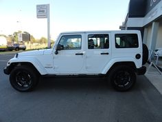 pre owned JEEP WRANGLER