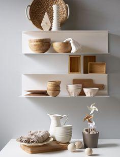 Åhh hvor kan jeg godt lide Ikea. Jeg synes de er så gode til at finde designere, der virkelig formår, at få noget godt fra tegnebrædtet. Som disse nye hylder.