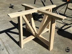 Woodworking diy round trestle dining table, diy, painted furniture, woodworking projects - We wanted to build an awesome round dining table, but didn't want to deal with the hassle of using a jigsaw and getting a not to perfect circle. So I created a… Trestle Dining Tables, Diy Dining Table, Diy Farmhouse Table, Outdoor Dining, Round Concrete Dining Table, Dining Rooms, Kitchen Tables, Wood Table, Dining Furniture