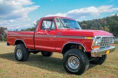 1979-Ford-F150-Ranger-Front-Passenger-Three-Quart-2.jpg