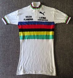 It's #freddyfriday today so here's one of his original 1977 World Champion jerseys I added to my collection this week. Rare time trial/track version  #freddymaertens #cycling #flandria #campagnolo #cyclingkit #cyclingjersey #ciclismo #vintagebike