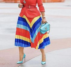 This is a beautiful brand new pleated skirt. It is available in sizes Small - 3XLarge. It is made of 100% polyester, has a high waist, an inner lining, a loose casual flow and a striped print. Colour Blocking Fashion, Color Blocking, Straight Dress, Fashion Seasons, Skirt Fashion, Fashion Hats, Fashion Dresses, Printed Skirts, A Line Skirts