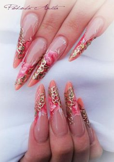 Anita Podoba nails
