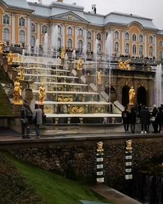 Peterhof, Saint Petersburg, Russia 👈 for more Unique places and travel adventures & Best Things to Do Ideas visit…More Oh The Places You'll Go, Cool Places To Visit, Places To Travel, Travel Destinations, Peterhof Palace, All Inclusive Trips, Hiking Europe, Senior Trip, Best Hikes