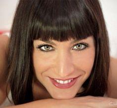 Natalia Angelini un'esplosione di bellezza