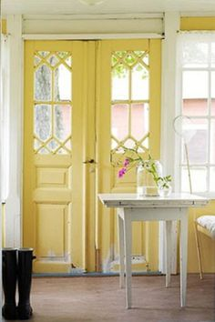Country Style Chic: Lemon Flavoured