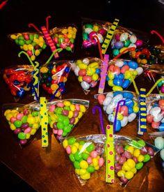 DIY Candy Butterflies Butterflies, Xmas, Candy, Breakfast, Creative, Diy, Food, Morning Coffee, Bricolage