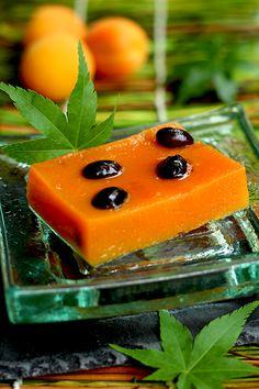 apricot-kuzu-wagashi