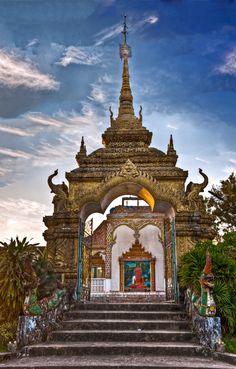 Chiang Khong Temple, Thailand
