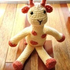 Cuddly Amigurumi Giraffe : 1000+ images about Amigurumi giraffe/ alpaca/ llama on ...