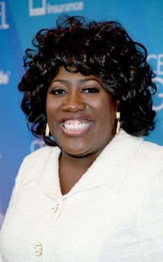The Talk's Sheryl Underwood has promised to go green for the month of February! According to Essence, the comedienne and actress announced on The Talk that she will begin her vegan switch this month. Lifestyle News, Vegan Lifestyle, Sheryl Underwood, Going Vegan, February, Actresses, Green, Black, Female Actresses