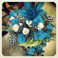 Bouquet duct tape flowers