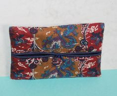 Liberty of London Pocket Tissue Cover. Liberty Of London, Vintage Gifts, Continental Wallet, Essentials, Pocket, Trending Outfits, Unique Jewelry, Handmade Gifts, Cover