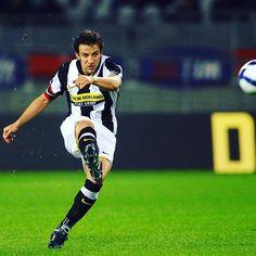 Del Boy ⚫️⚪️⚫️⚪️ #delpiero #juve #juventus #seriea #italy #italia #italian #italianfootball #football #footballplayer #soccer #soccerplayer #europe #calcio #calcioitalia