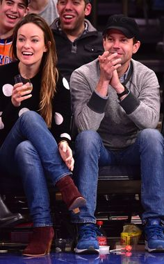 Cute couple alert! Olivia Wilde and Jason Sudeikis sit court side!
