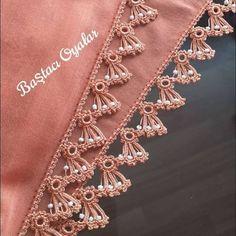 Saree Kuchu Designs, How To Wear Scarves, Crochet Videos, Pakistani Dresses, Crochet Designs, Embellishments, Knit Crochet, Knitting, Lace