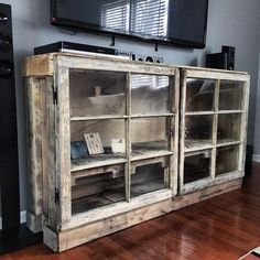 Furniture Projects, Furniture Makeover, Home Projects, Rustic Furniture, Painted Furniture, Home Furniture, Old Window Projects, Industrial House, Cool Ideas