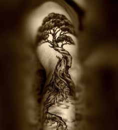 The tree of life, very cool full arm. To bad my arms are to small to pull this off!