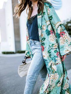 Kimono met botanische print Mooiwatplantendoen.nl