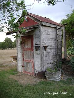 So excited to find my old farmhouse dream home. Hoping this shed is right out back!