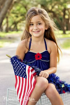 child photography, children photography, miami photographer, photo ideas, posing children, posing ideas, girl, cute, freedom, fourth of july, us flags, flag