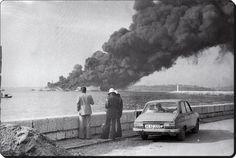 Haydarpaşa açıklarında patlayarak yanan Independenta tankerini izleyenler - 1979