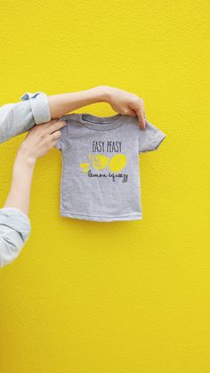 Easy Peasy Lemon Squeezy Baby Graphic t-shirt, Trendy Infant Tee, Lemon Screen Printed Shirt, Lemon Toddler Graphic Tee, Kids t-shirt
