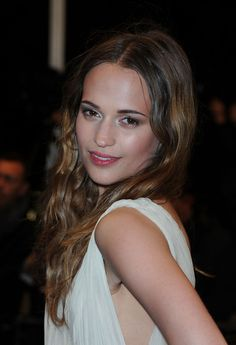 Alicia Vikander. This, my friends, is Michael Fassbender's girlfriend, apparently. Just thought I would share....