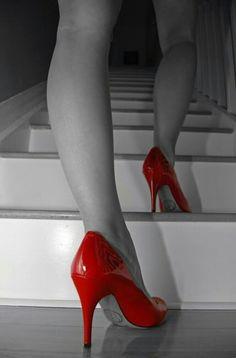 Red Shoes, Me Too Shoes, White Shoes, Shoes Style, Women's Shoes, Color Splash, Red Color, Color Pop, Colour