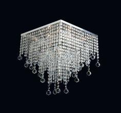 Produtos Illumini House - Grupo Metais Bianca Medidas: 1437/4M-30(L)x35(A) 1437/5G-40(L)x45(A) Material: Alumínio, latão e cristais Descrição Plafon armação quadrada com pedras e bolinhas de 30mmØ de cristais em degradê. Para lâmpada vela ou eletrônica. O número após a / é a quantidade de lâmpadas.