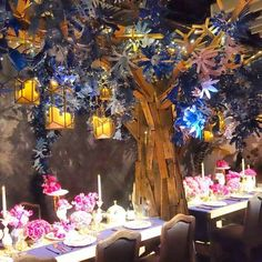 """#tabledecor by @anthropologie for #DIFFA #DiningByDesign #imagination #inspiration  #innovation the flowers in the tree are made from #recycled plastic…"""