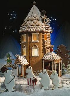 DIY gingerbread Moomin house. Text by Inga Aaltonen, photo by Norman Ojanen, for Kotiliesi, 1993.