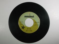 Betty Young HOT DOG b/w TOO BAD FOR US Monument Records DJ 45 #RocknRoll
