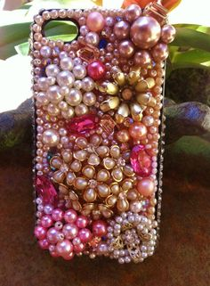Unique Vintage Craft Ideas | Pink unique vintage iPhone 4/4s cover by Kianaskases on ... | Craft I ...