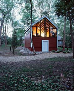 The Frey Barn was designed by Dale Mulfinger and Chris Meyer, from Sala Architects, located in Edina, Minnesota.