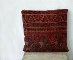 Turkmen rug pillow 18x18 SINGLE  kilim pillow from MulberryWhisper #turkmen #pillow #gifts