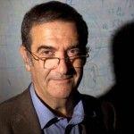 El francés Serge Haroche y el estadounidense David Wineland reciben el galardón por ser capaces de observar de forma directa partículas cuánticas individuales. Su avance puede permitir que en el ...