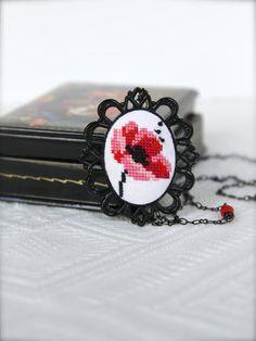 Hand embroidered Poppy necklace in black vintage frame Black