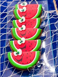 Watermelon Cookies Repinned By: #TheCookieCutterCompany www.cookiecuttercompany.com #watermelon #cookie #design