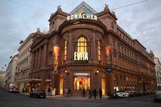 Evita im Ronacher, Wien Romeo Und Julia, Musicals, Louvre, Street View, Building, Culture, Buildings, Musical Theatre, Architectural Engineering