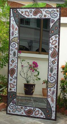 super ideas for diy decorao mirror mosaic tiles Mosaic Wall Art, Mirror Mosaic, Diy Mirror, Mosaic Glass, Mosaic Tiles, Stained Glass, Wall Tiles, Sunburst Mirror, Wall Mirror