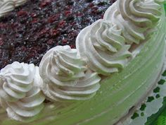 Mascarponés joghurttorta, vegye bogyós gyümölcsökkel Cabbage, Muffin, Vegetables, Food, Muffins, Meal, Essen, Vegetable Recipes, Hoods