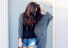 love the hair color and the outfit! :)   Food | Pickles & Pumps